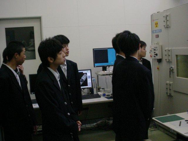 工業技術センター見学03